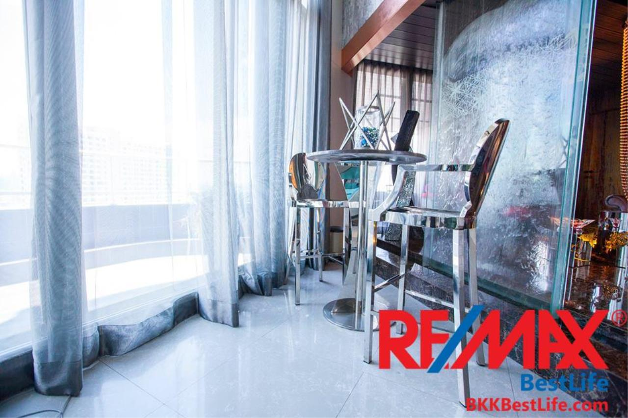 RE/MAX BestLife Agency's Watermark Chaophraya River Sale 4 Bedrooms Charoen Nakohn 3