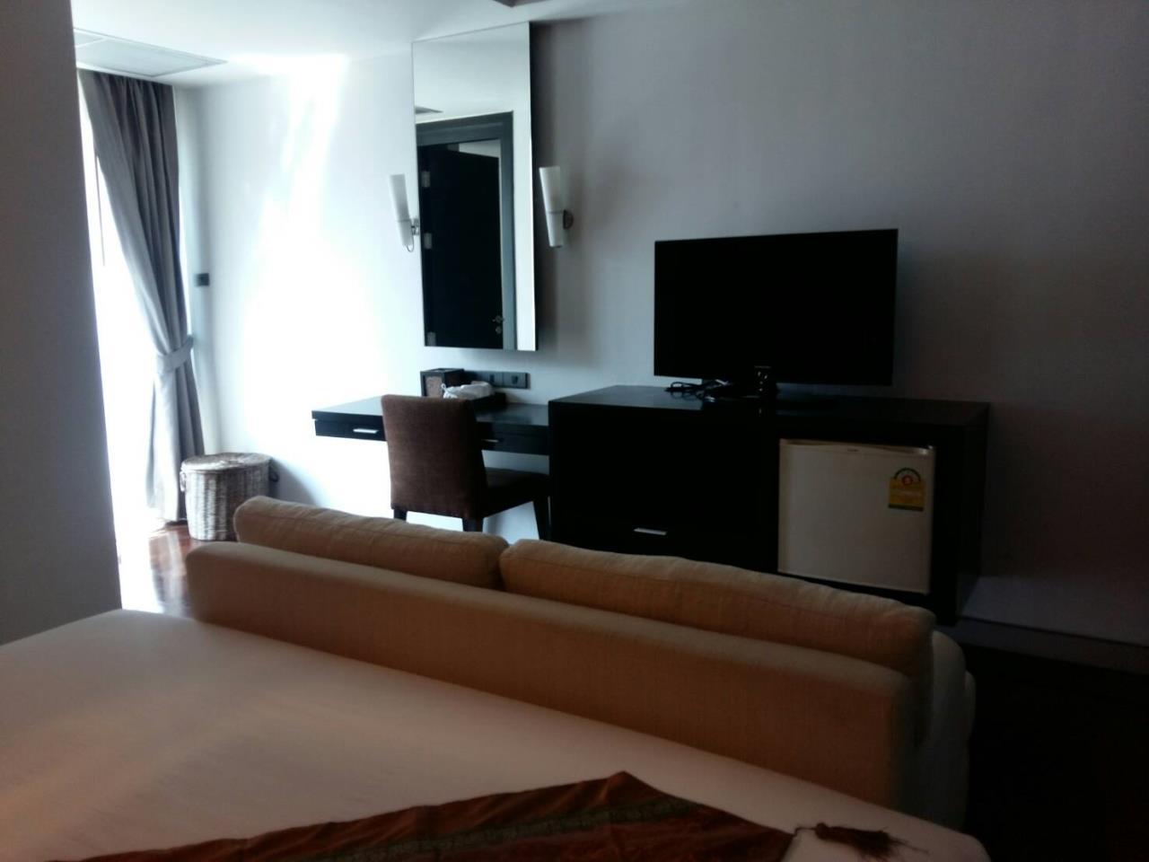 RE/MAX BestLife Agency's Mona Suite Sukhumvit 31 rent 2 Bedrooms Prom Pong  4