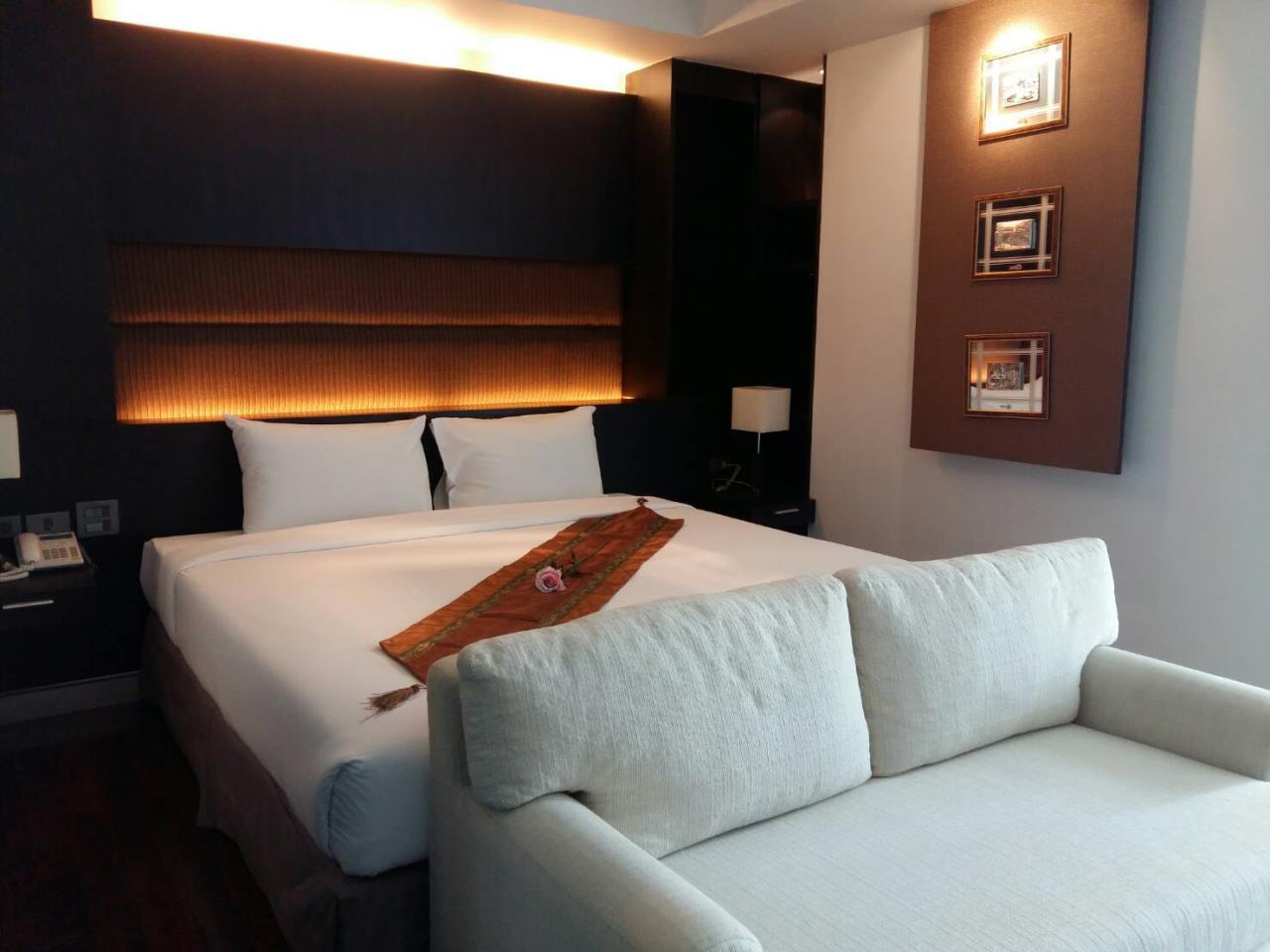 RE/MAX BestLife Agency's Mona Suite Sukhumvit 31 rent 2 Bedrooms Prom Pong  5