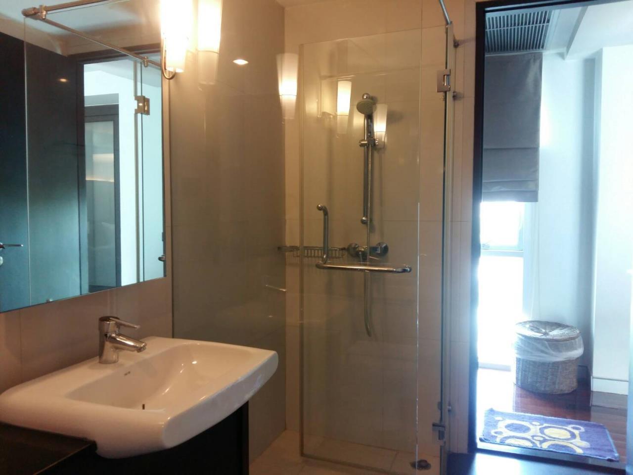 RE/MAX BestLife Agency's Mona Suite Sukhumvit 31 rent 2 Bedrooms Prom Pong  12