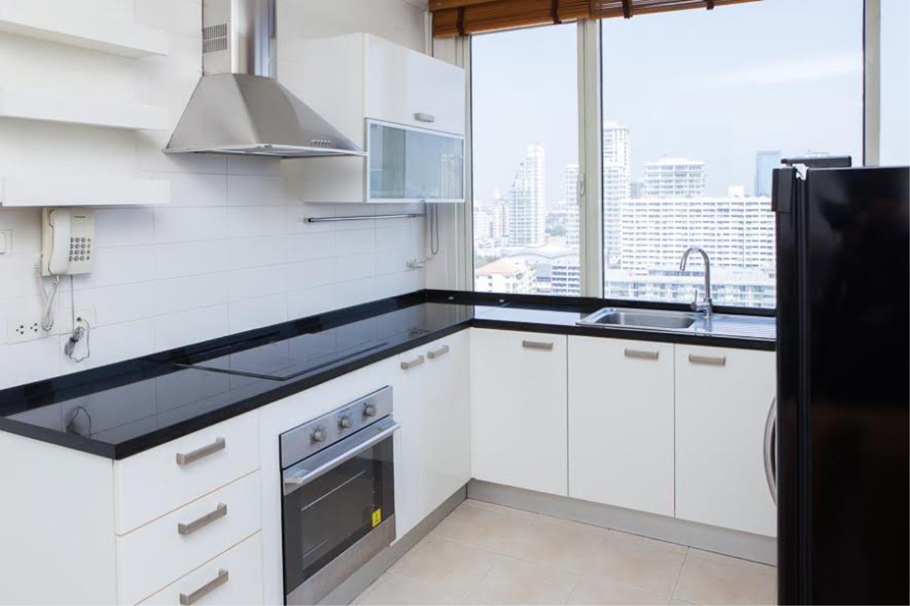 RE/MAX BestLife Agency's Hampton Court Rent 3 bedrooms Thong Lor 12