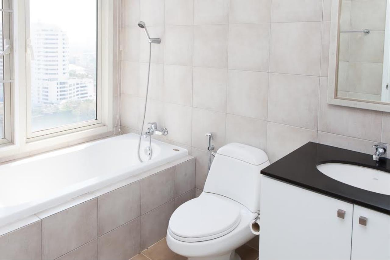 RE/MAX BestLife Agency's Hampton Court Rent 3 bedrooms Thong Lor 2