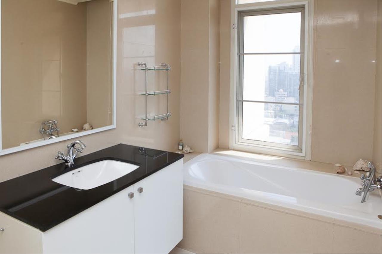 RE/MAX BestLife Agency's Hampton Court Rent 3 bedrooms Thong Lor 20