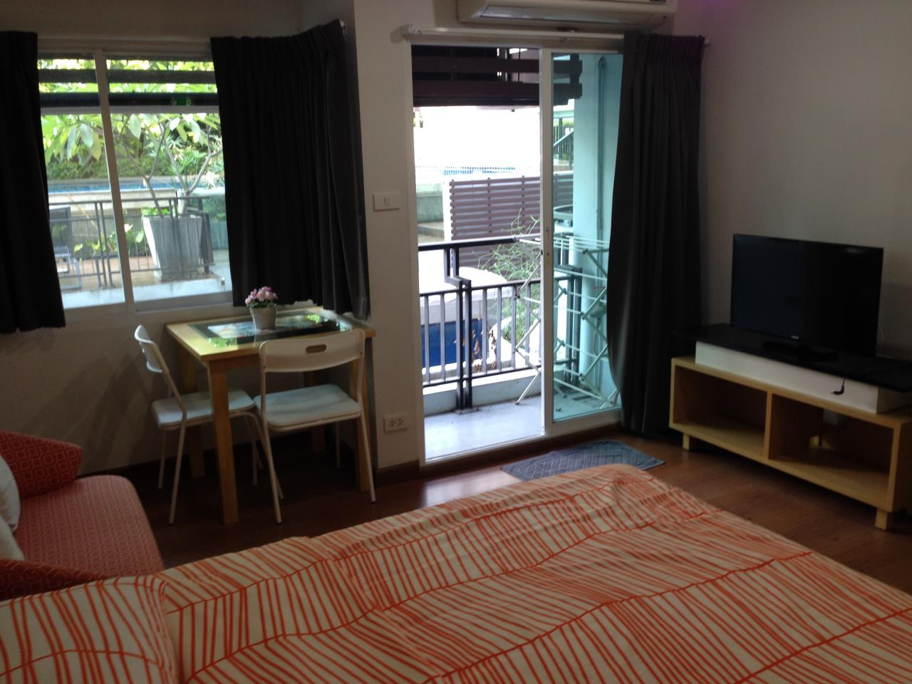 BKK BestLife Real Estate Agency's Next Condominium Sukhumvit 52 Rent Studio On Nut  5