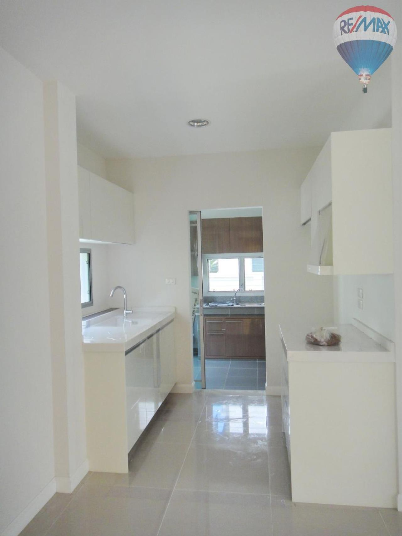 RE/MAX BestLife Agency's Nantawan Srinakarin Land and House for sale 3 bedroom 3 bathroom 64 sq.wah 168 sqm. 6