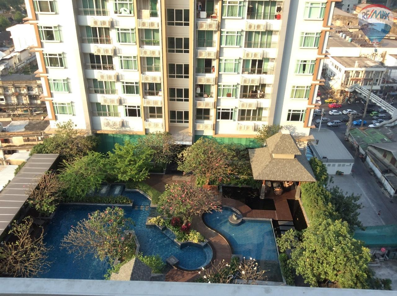 RE/MAX BestLife Agency's Sale Circle Petchaburi 1bedroom 47sqm. swiming pool view  11