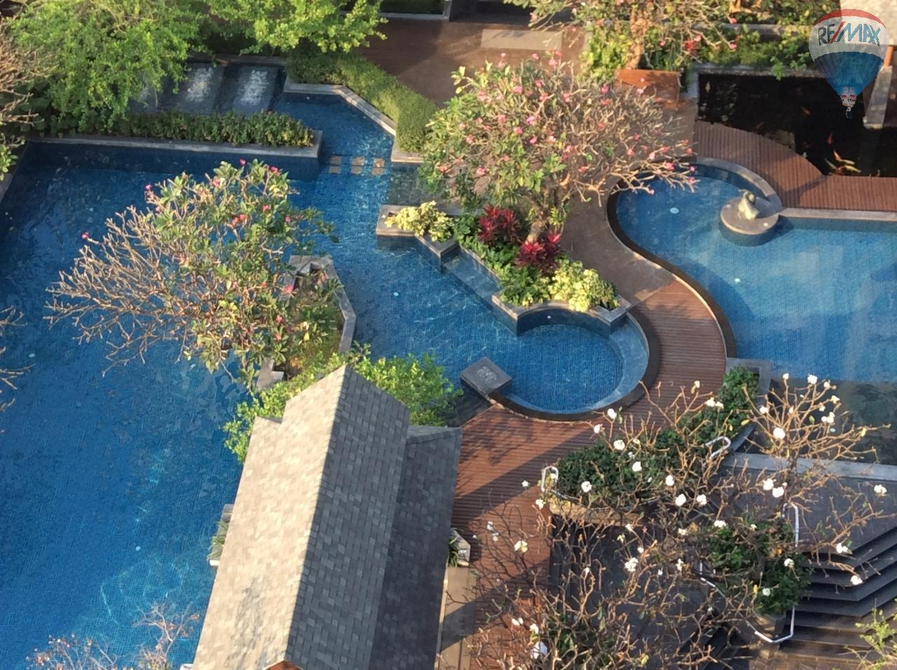 RE/MAX BestLife Agency's Sale Circle Petchaburi 1bedroom 47sqm. swiming pool view  24