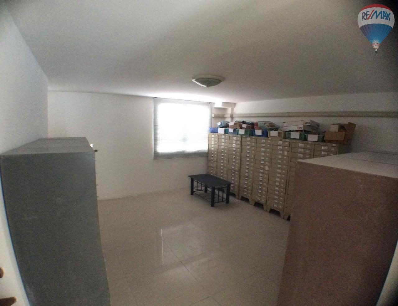 RE/MAX BestLife Agency's The Enter home office for sale on soi Kanchanaphisek 39 8