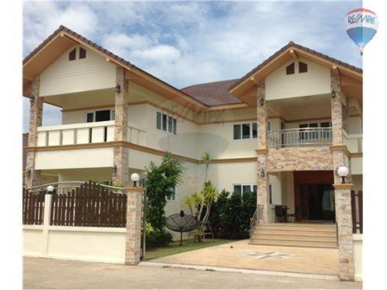 RE/MAX BestLife Agency's New high quality villa  villa for sale 2