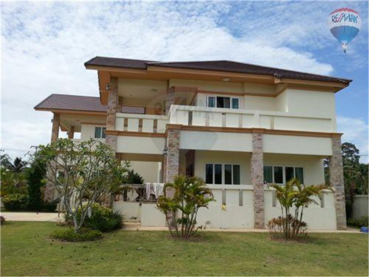 RE/MAX BestLife Agency's New high quality villa  villa for sale 4