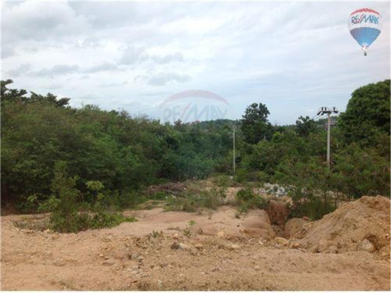 RE/MAX BestLife Agency's 2 plot of 4 Rai Each with sea view 3