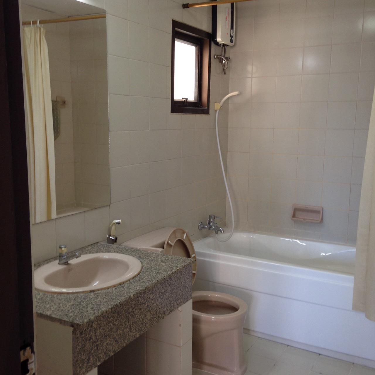 BKK BestLife Real Estate Agency's Top View Tower Rental 2 Bedrooms Thong Lor  7