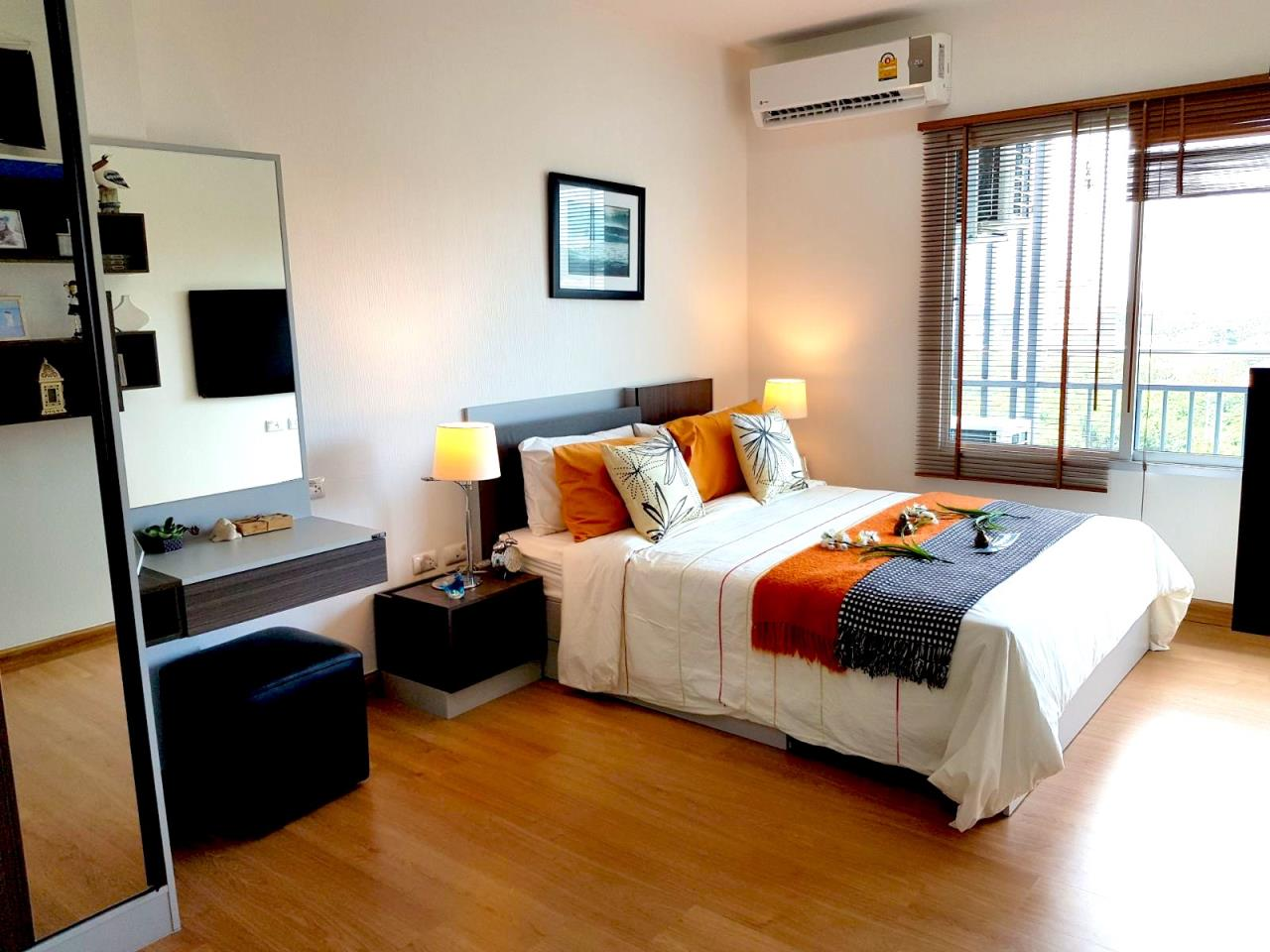 Immobilien Pattaya Agency's SUPALAI MARE, PATTAYA, 1 BEDROOM, 45 SQM., SEA VIEW, HIGH FLOOR 7