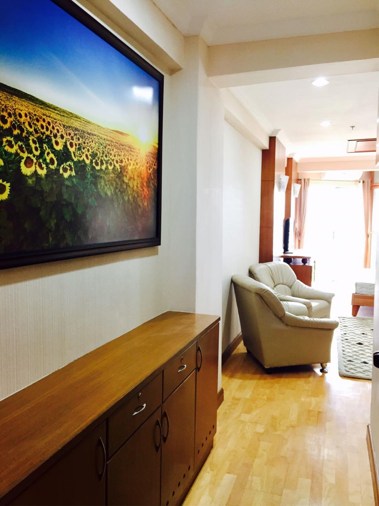 Immobilien Pattaya Agency's Jomtien Beach Condo S2, 32 Sqm. Studio, Sea View, Foreigner Quota 8