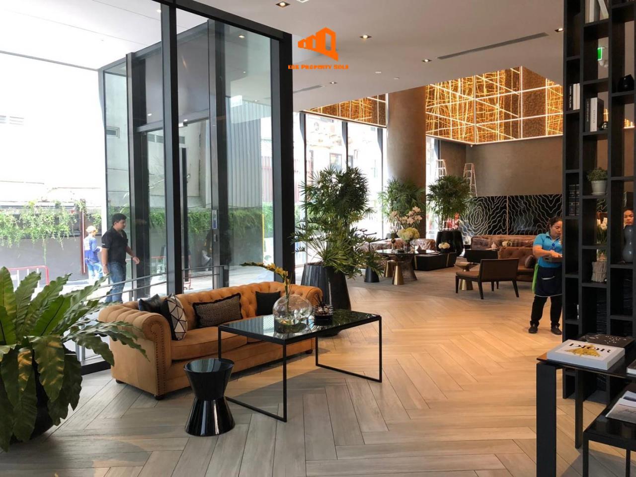 Bangkok Property Solutions Co., Ltd. Agency's The Lofts Asoke 7