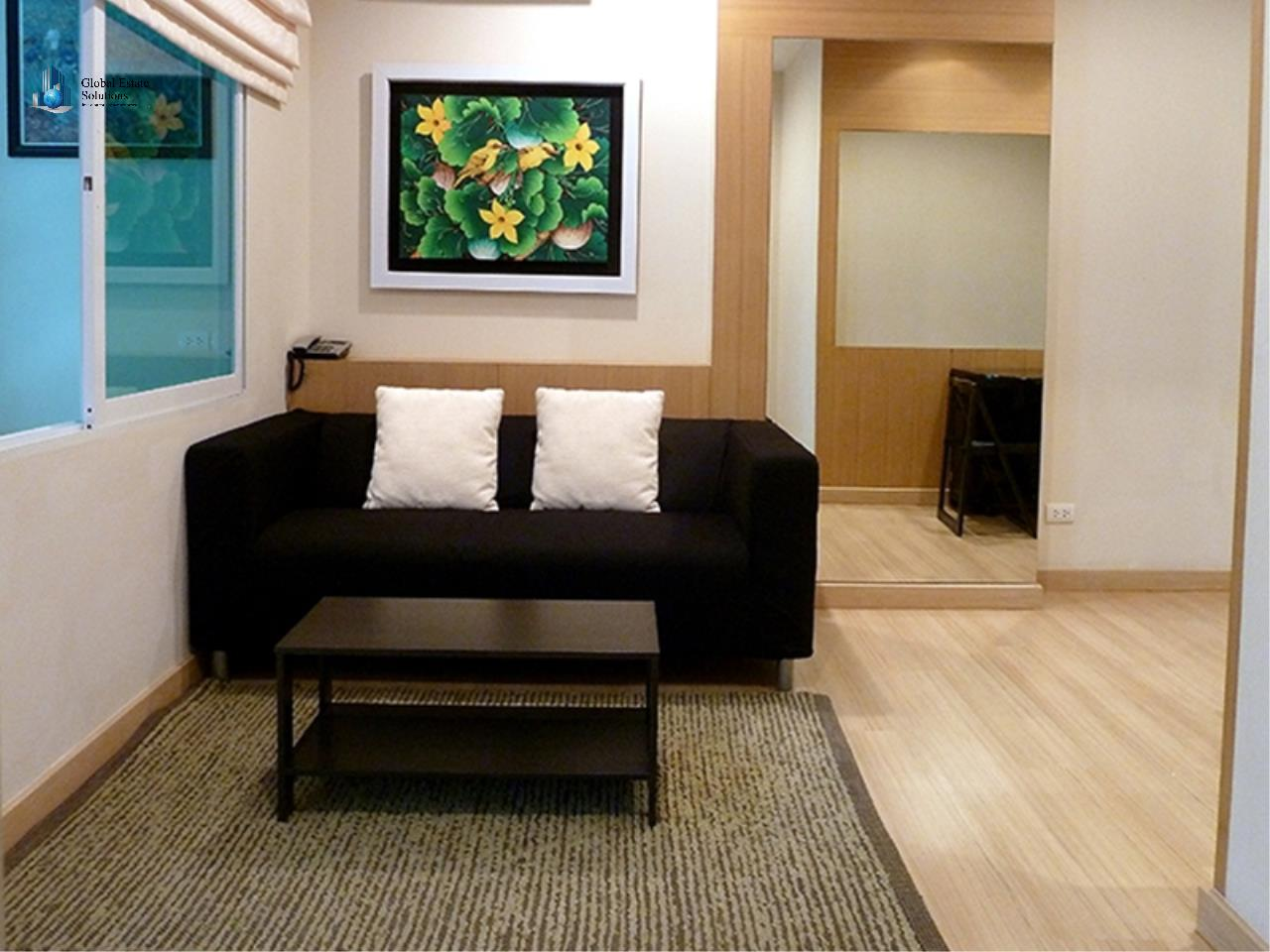 Global Estate Solutions Co., Ltd. Agency's One Bedroom Fully Furnished Unit For Rent in Life@Sathorn 10 1