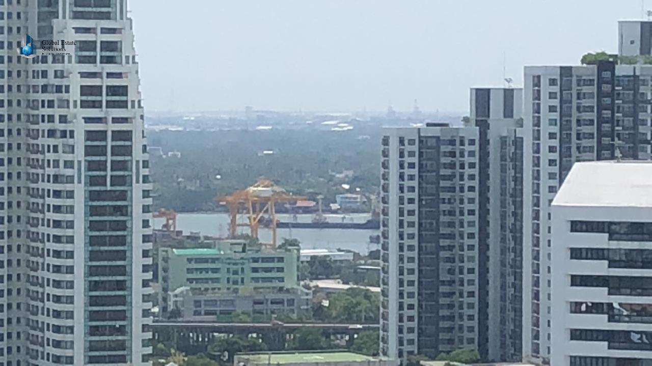 Bangkok Property Solutions Co., Ltd. Agency's Loft Ekkamai 7