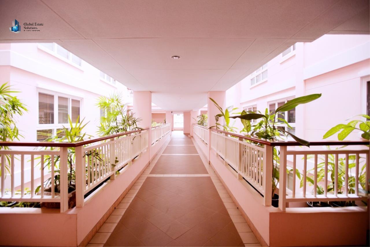 Bangkok Property Solutions Co., Ltd. Agency's Baan siri Sukhumvit 13 1