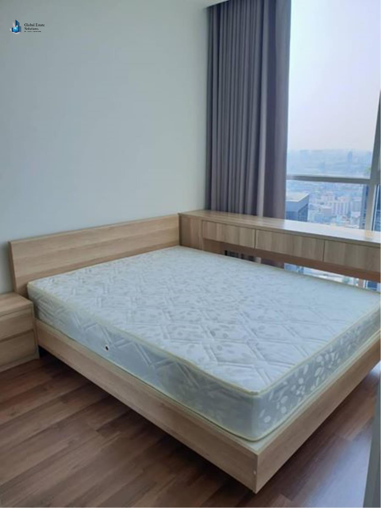 Bangkok Property Solutions Co., Ltd. Agency's Noble Revolve Ratchada 2 8