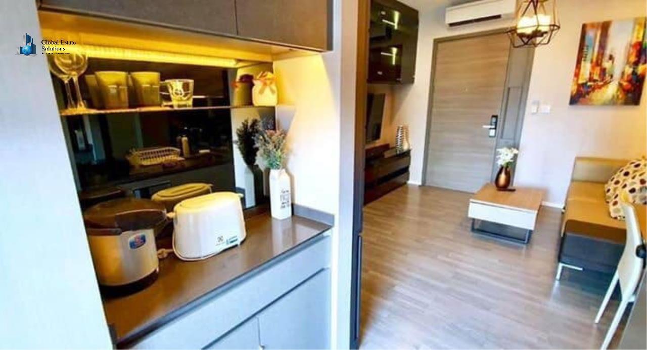 Bangkok Property Solutions Co., Ltd. Agency's The Room Sukhumvit 69 3