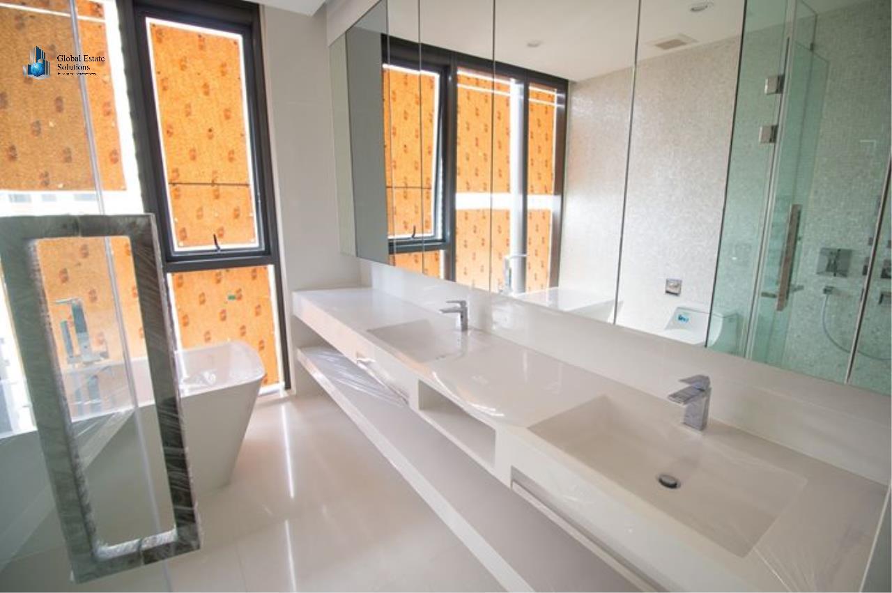 Bangkok Property Solutions Co., Ltd. Agency's Vittorio 5