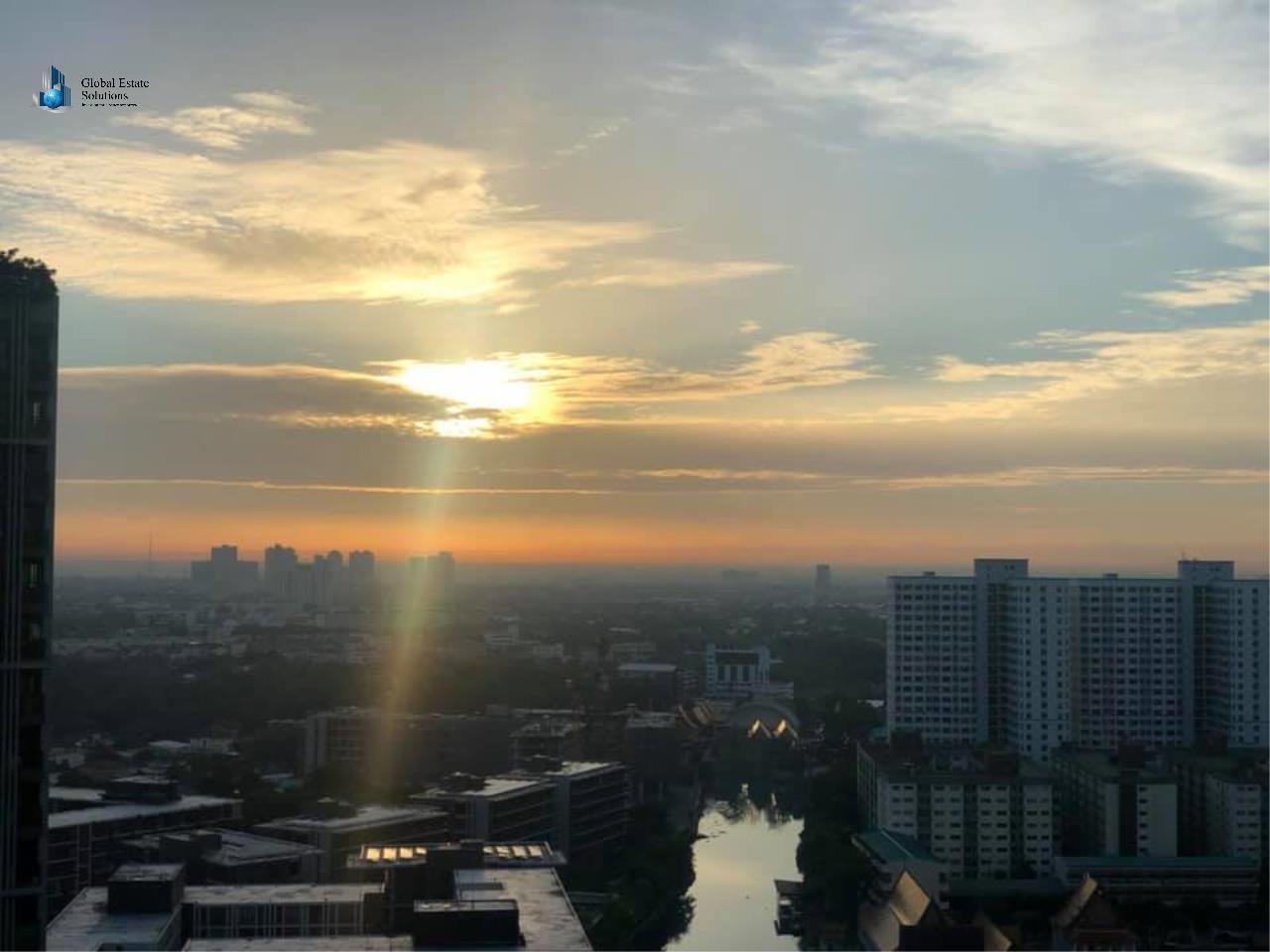 Bangkok Property Solutions Co., Ltd. Agency's The Base Park West Sukhumvit 77  9