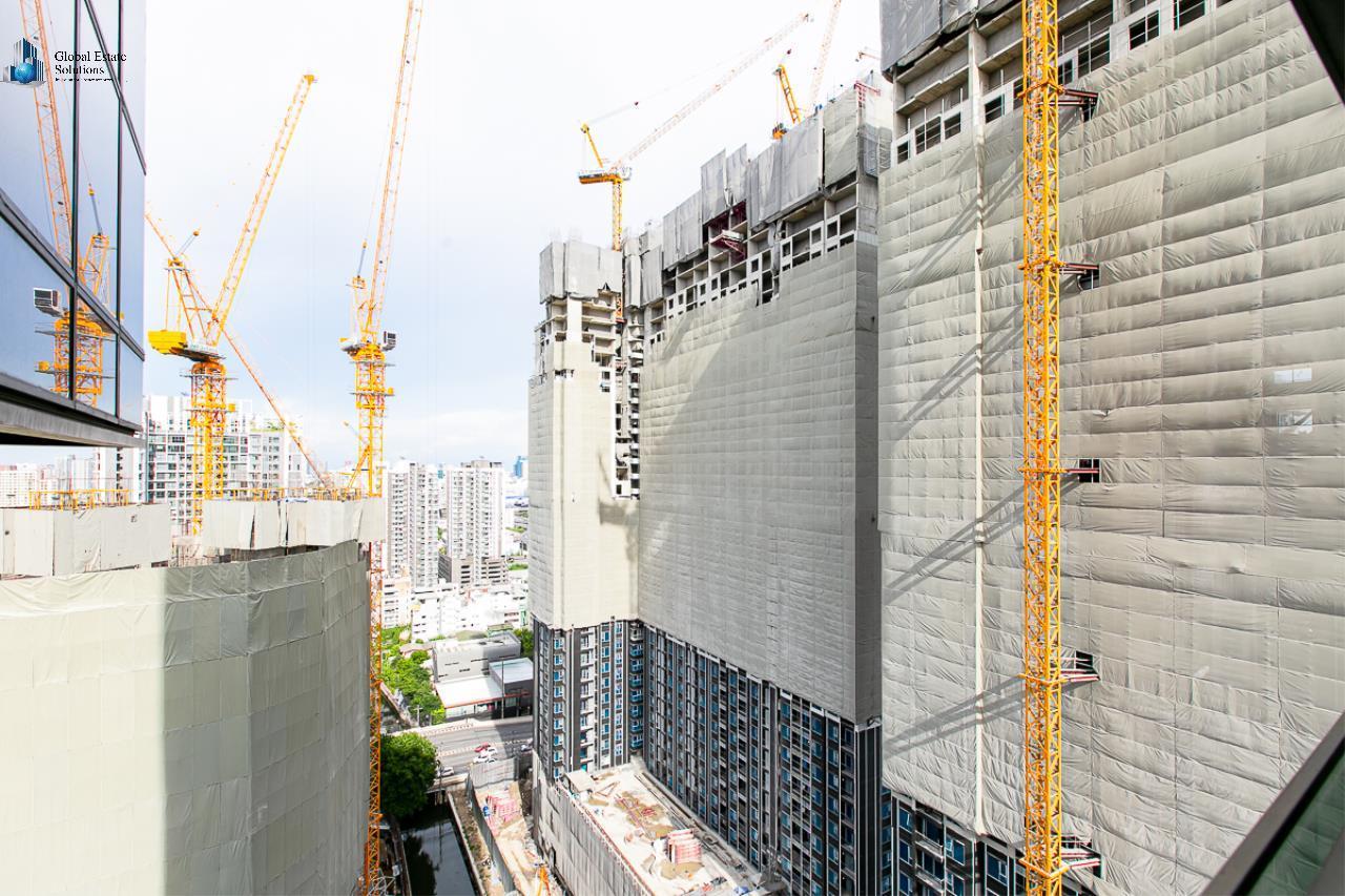 Bangkok Property Solutions Co., Ltd. Agency's The Line Asoke - Ratchada 14