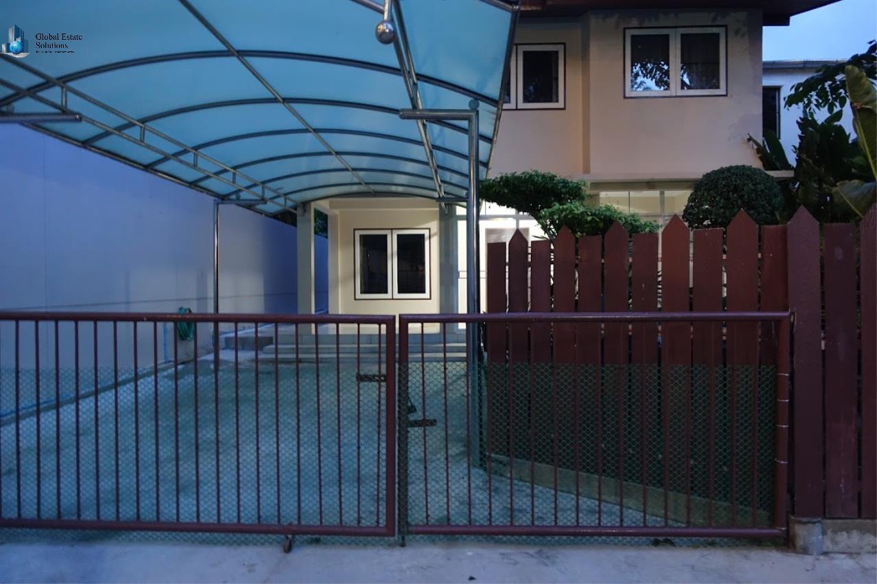 Bangkok Property Solutions Co., Ltd. Agency's House Sukhumvit 41 12
