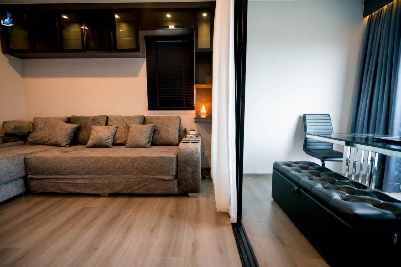 Bangkok Property Solutions Co., Ltd. Agency's The Politan Rive 2