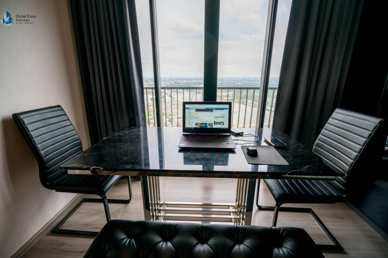 Bangkok Property Solutions Co., Ltd. Agency's The Politan Rive 5