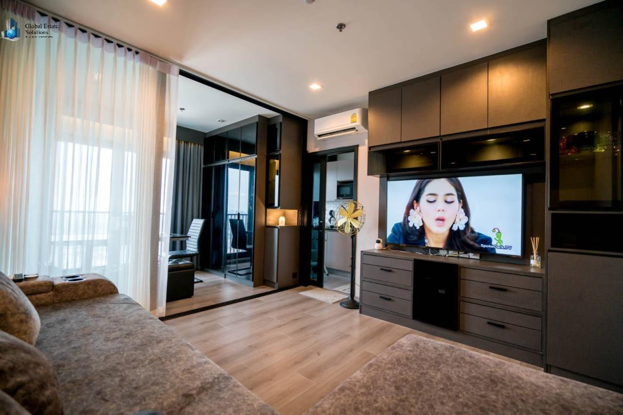 Bangkok Property Solutions Co., Ltd. Agency's The Politan Rive 6