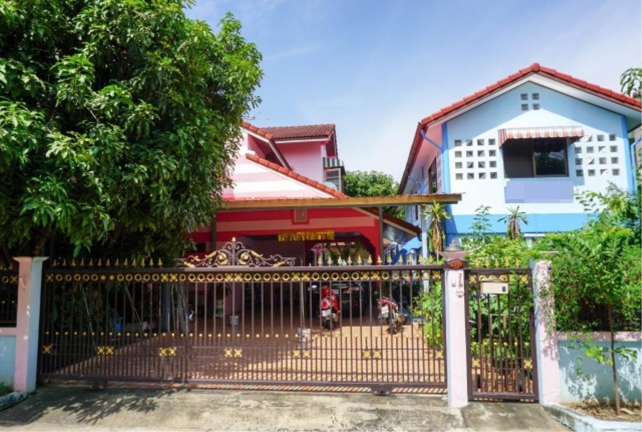 Agent - Aditep Agency's House for sale: Nakarin Garden village with office space on 120 sq.wah, total living area of ​​342 sq.m., suitable for both home office and residential. 1