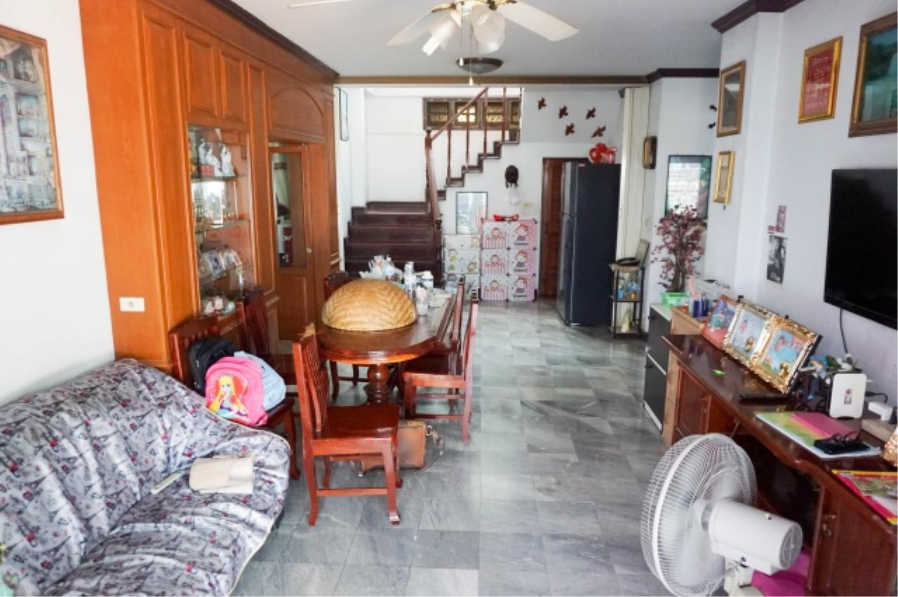 Agent - Aditep Agency's House for sale: Nakarin Garden village with office space on 120 sq.wah, total living area of 342 sq.m., suitable for both home office and residential. 9