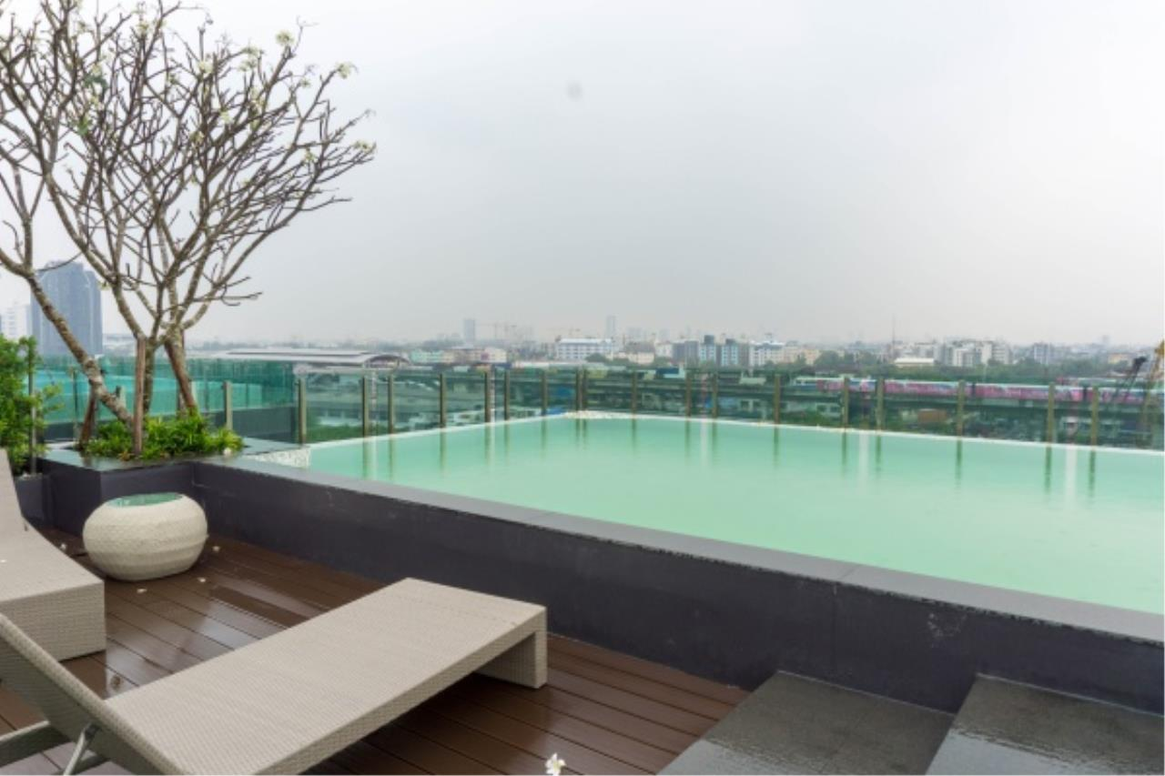 Agent - Aditep Agency's Condo for sale: VERY II Sukhumvit 72 only 600 m from BTS Bearing station, 1 bed 31 sqm. 15