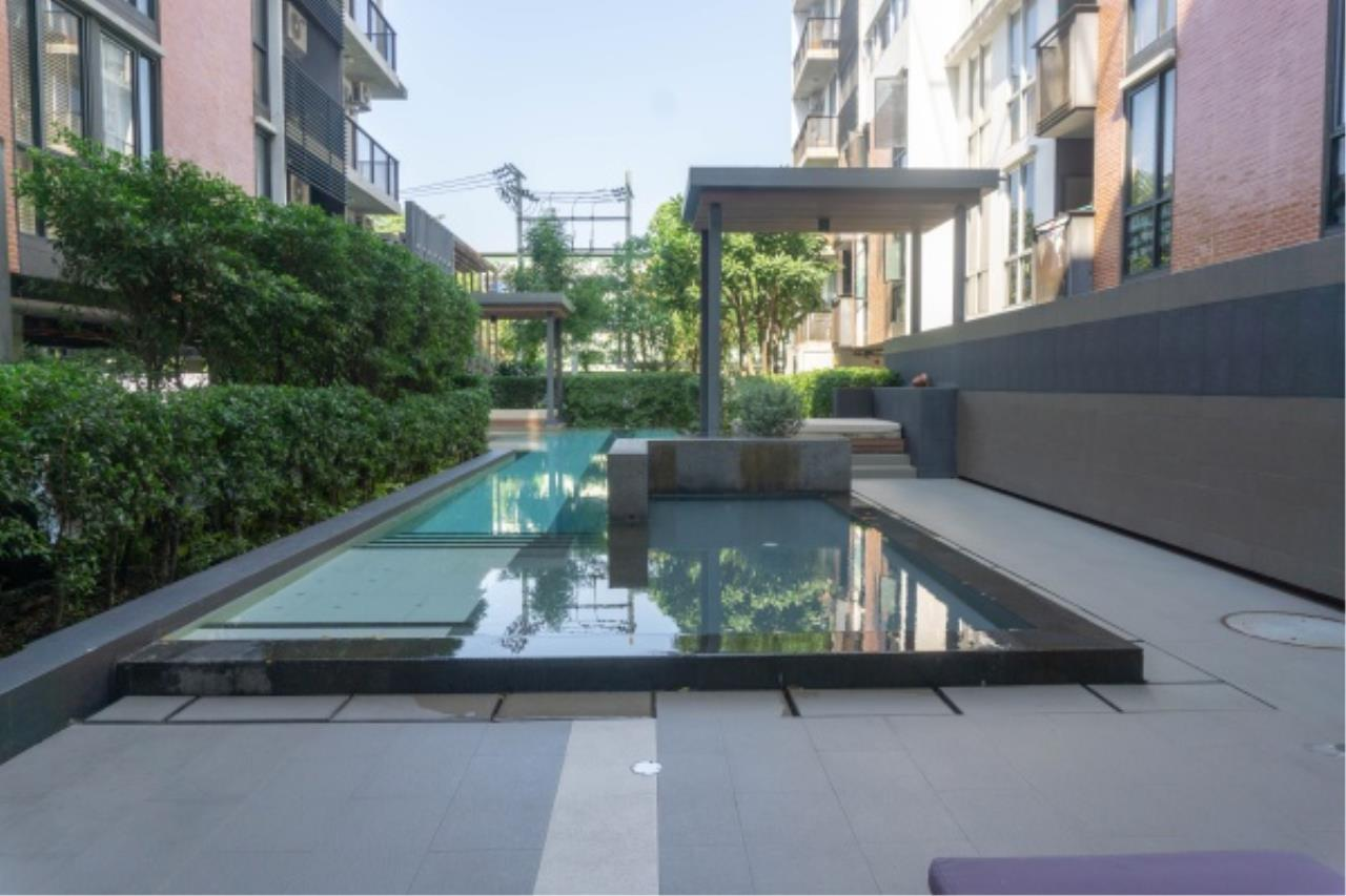 Agent - Aditep Pramorntat Agency's Condo For Sale: Apple Condo Sukhumvit 107,  1 bedroom, 54 sqm. only 51, xxx baht / sq.m., 5 min to BTS: Bearing Station Corner Unit, Fully Furnished 16