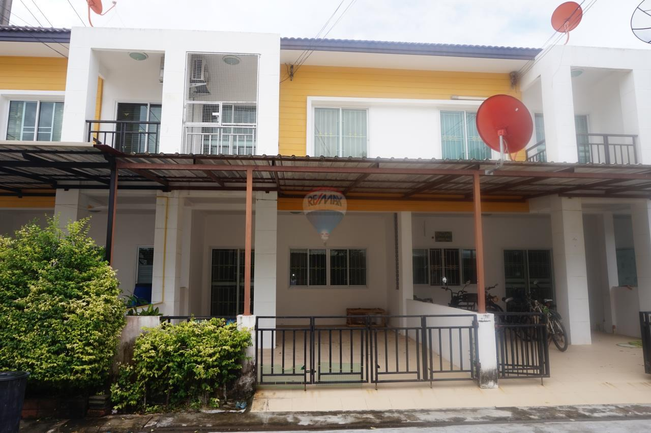 RE/MAX Real Estate Pros Agency's Townhome for sale Rayong THE SAND Village Soi. Nong Ma Had Tambon Tubma Muang Rayong,Rayong 1