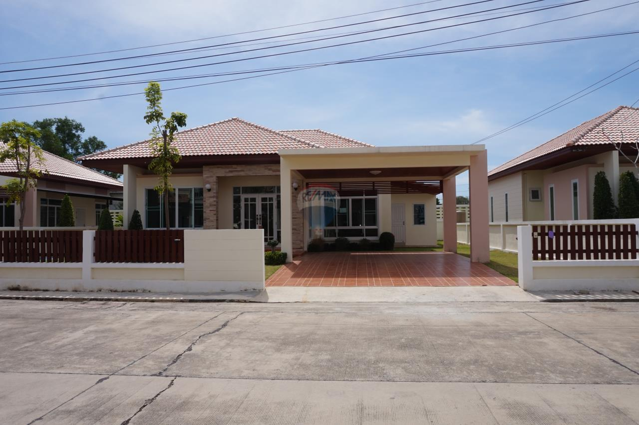 RE/MAX Real Estate Pros Agency's Singgle House For Sale MuangRayong  1