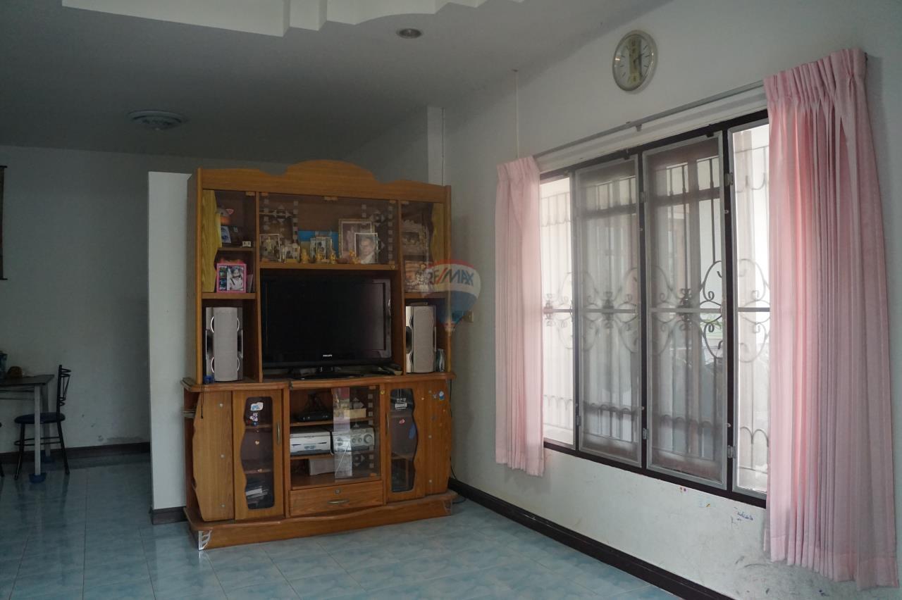 RE/MAX Real Estate Pros Agency's Single House for sale Bonruksa 2 Villa Thap Ma Muang Rayong ,Rayong 13