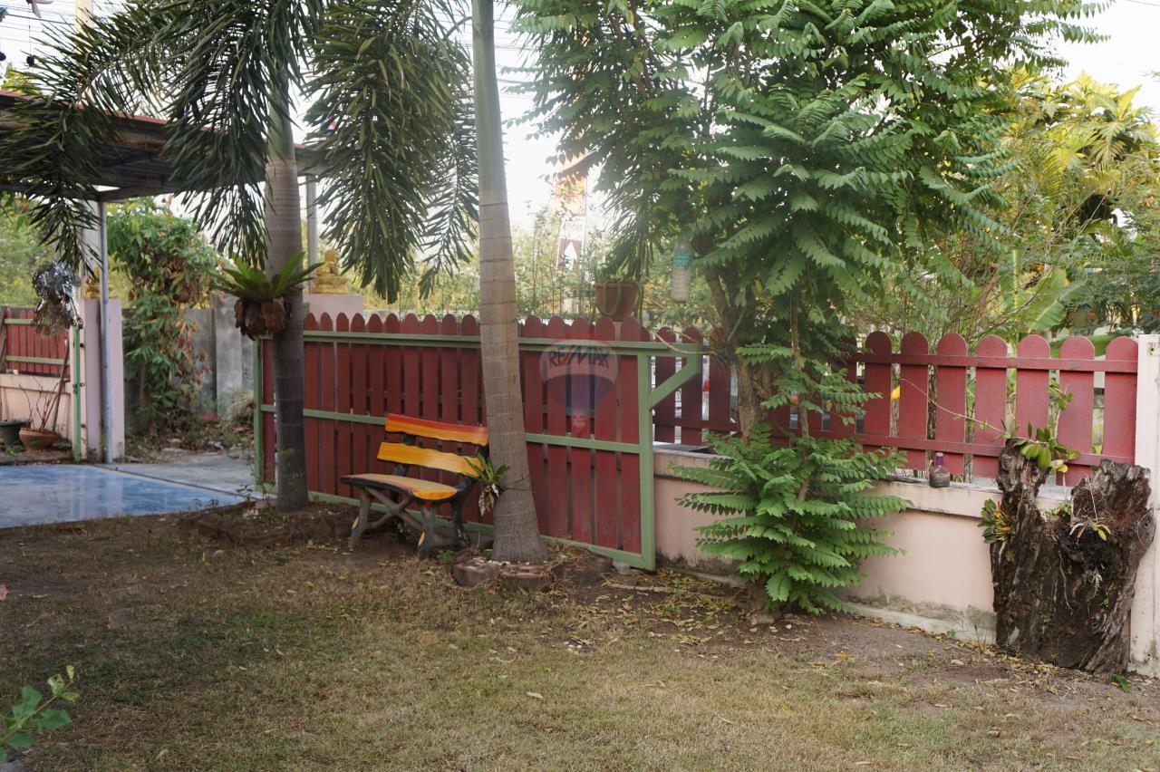 RE/MAX Real Estate Pros Agency's Single House for sale Bonruksa 2 Villa Thap Ma Muang Rayong ,Rayong 9