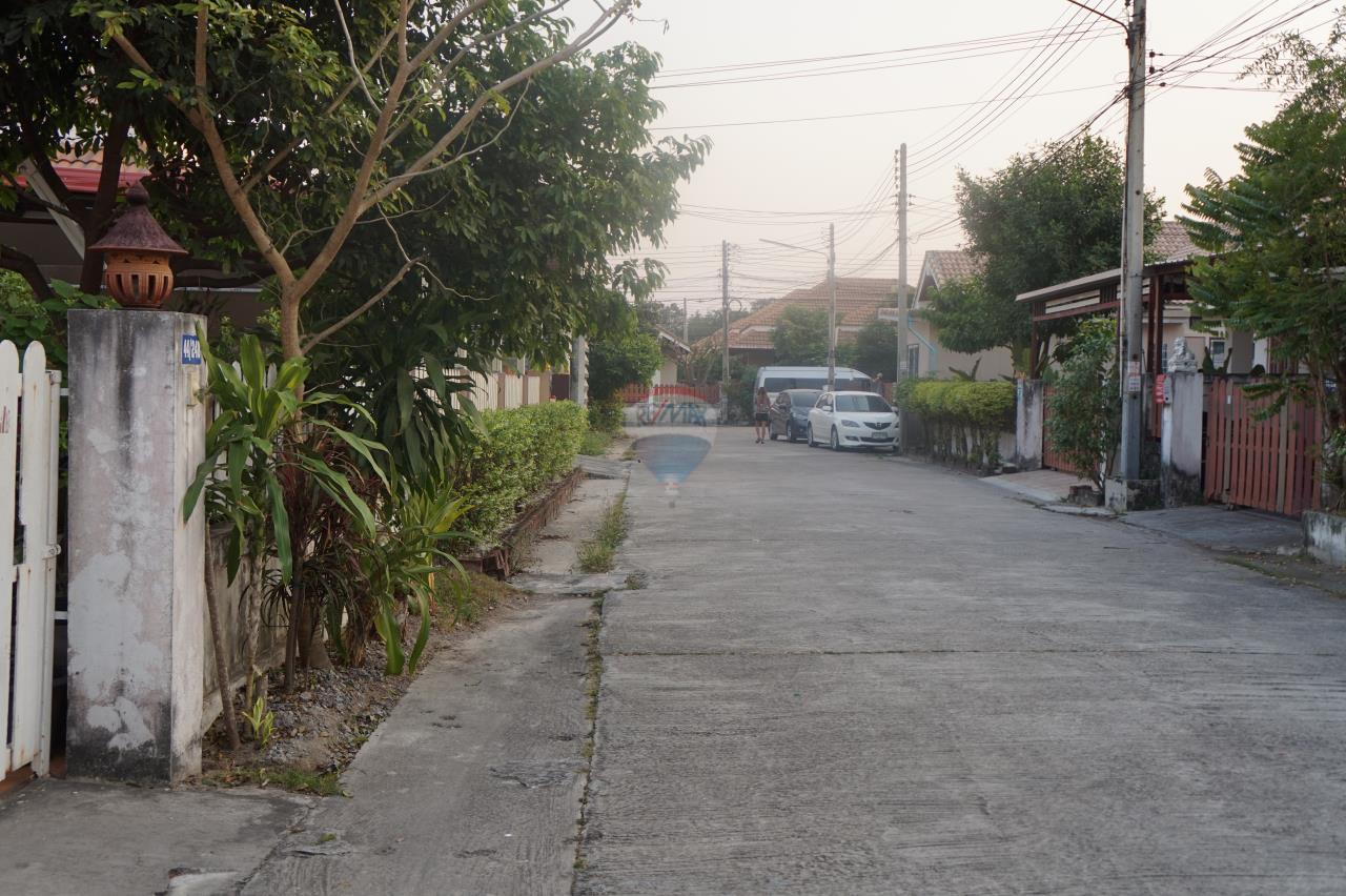RE/MAX Real Estate Pros Agency's Single House for sale Bonruksa 2 Villa Thap Ma Muang Rayong ,Rayong 5