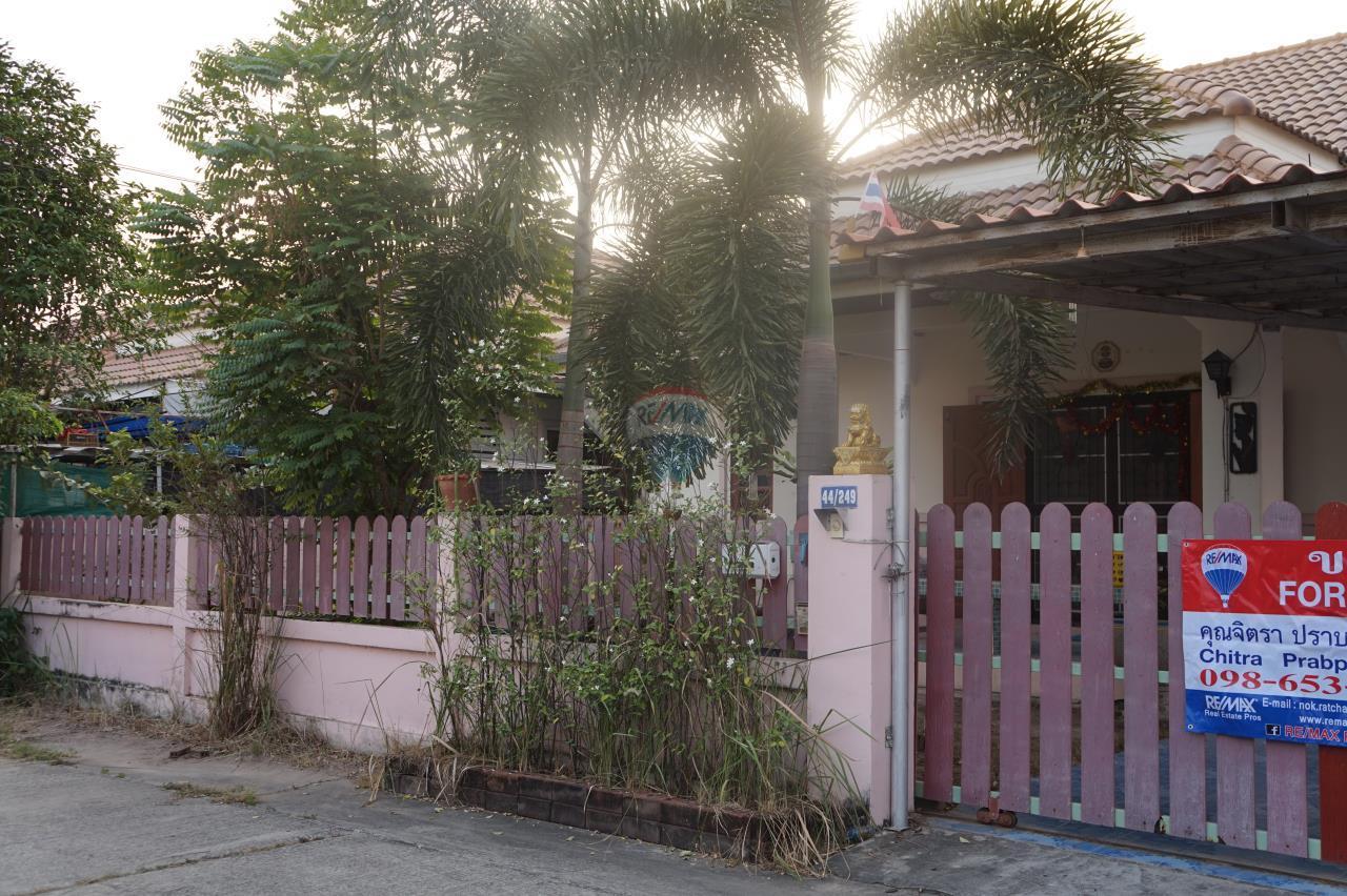RE/MAX Real Estate Pros Agency's Single House for sale Bonruksa 2 Villa Thap Ma Muang Rayong ,Rayong 4