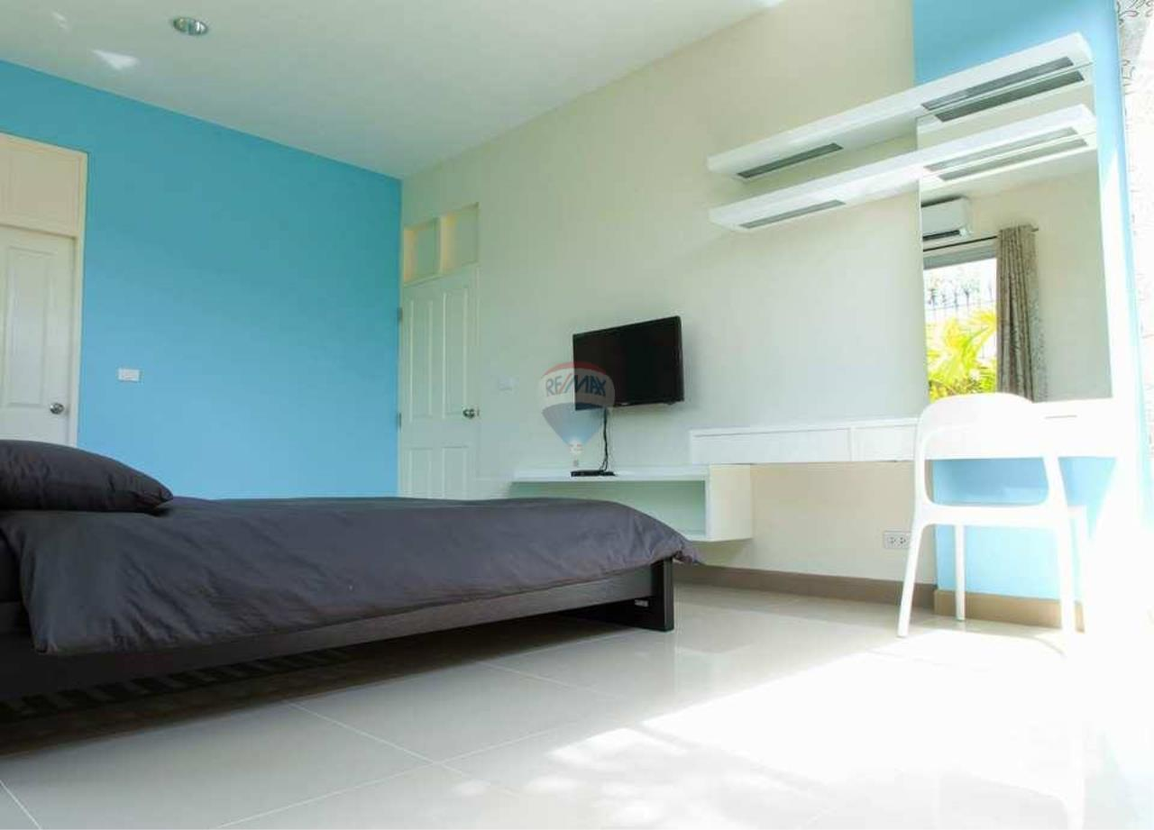 RE/MAX Real Estate Pros Agency's Single House near HadMaeLamPhueng Beach 200meters Muang Rayong 6