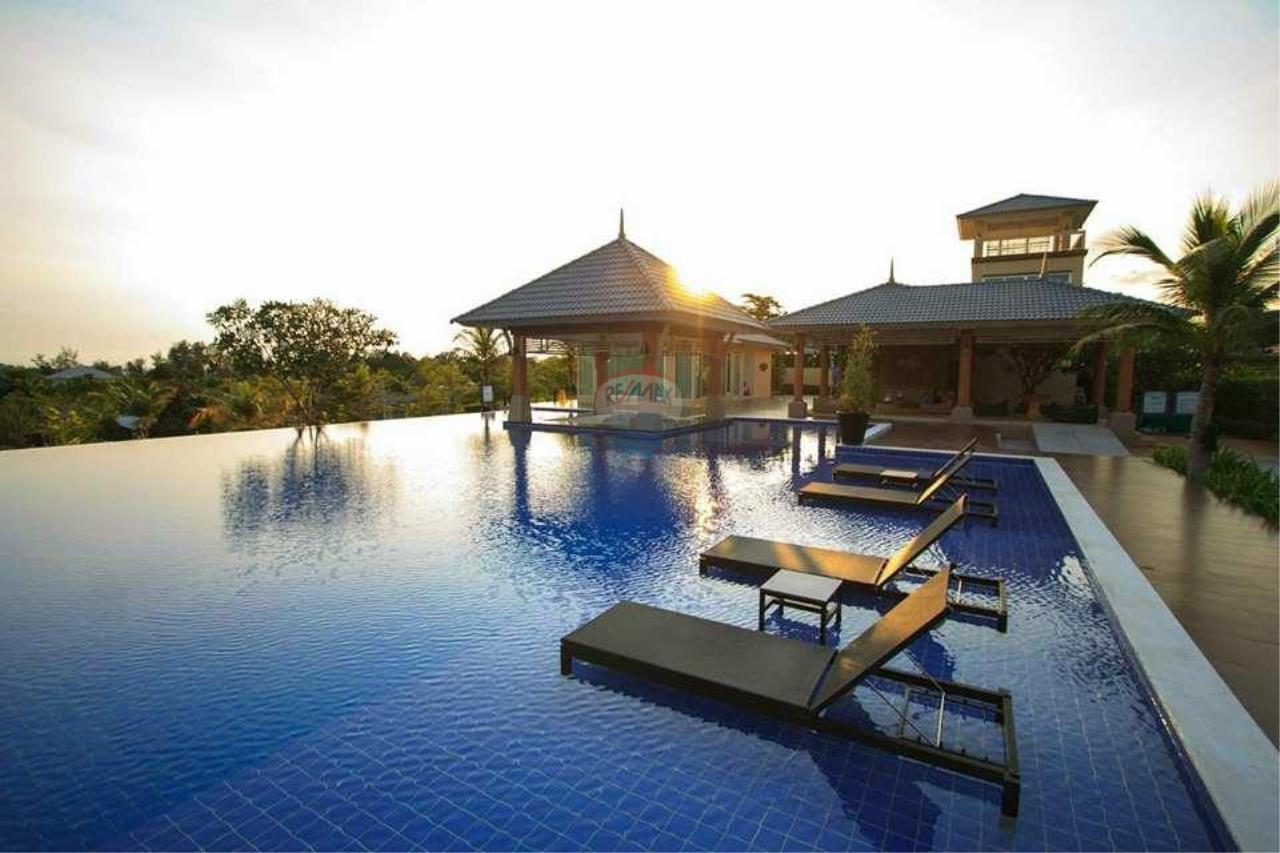 RE/MAX Real Estate Pros Agency's Single House near HadMaeLamPhueng Beach 200meters Muang Rayong 12