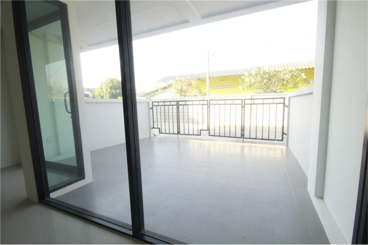 RE/MAX Real Estate Pros Agency's Townhome for sale BE TOWN, Noen Phra, Mueang Rayong Rayong 25