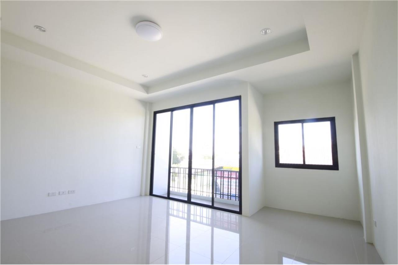 RE/MAX Real Estate Pros Agency's Townhome for sale BE TOWN, Noen Phra, Mueang Rayong Rayong 4