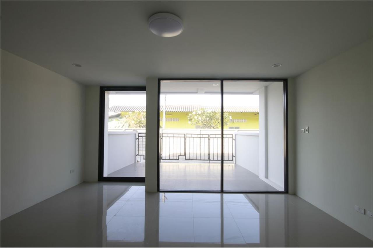 RE/MAX Real Estate Pros Agency's Townhome for sale BE TOWN, Noen Phra, Mueang Rayong Rayong 22