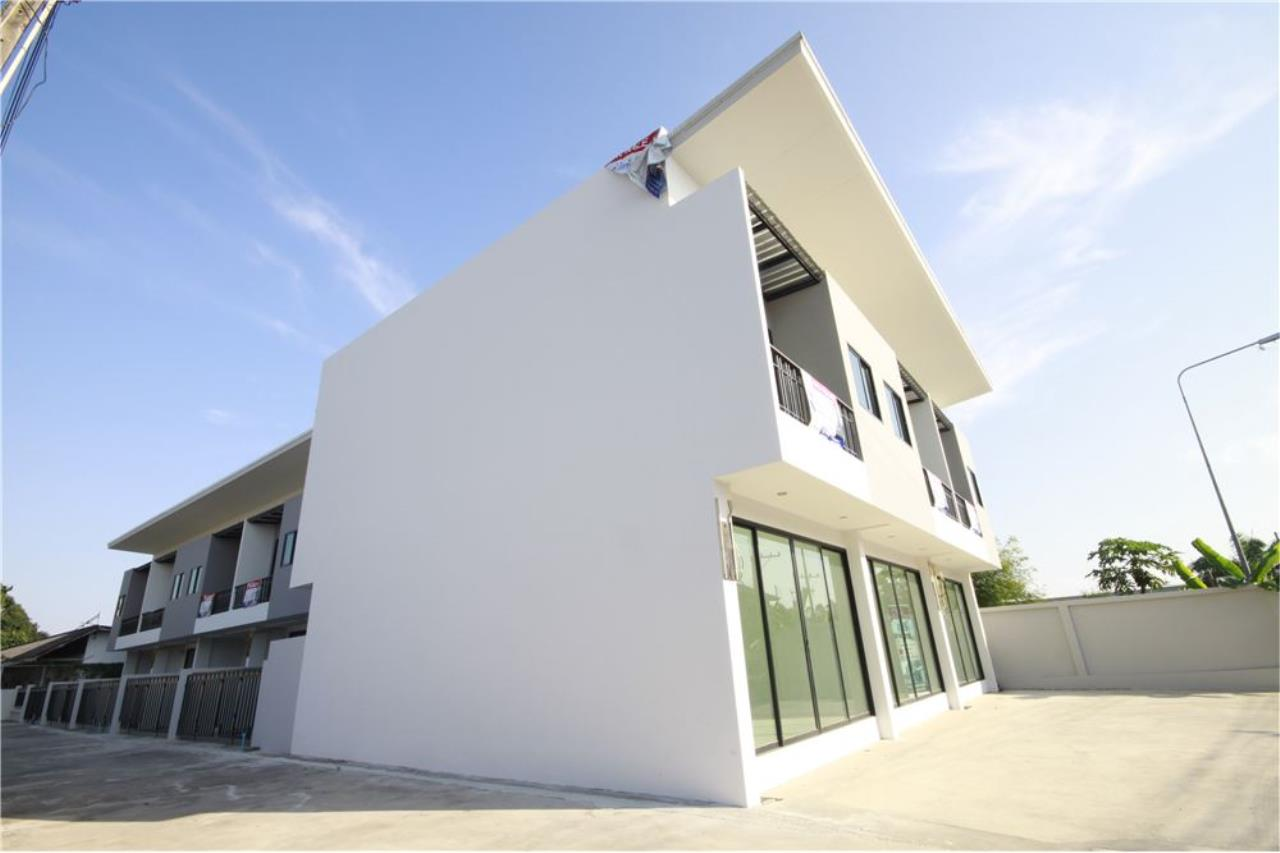 RE/MAX Real Estate Pros Agency's Townhome for sale BE TOWN, Noen Phra, Mueang Rayong Rayong 34