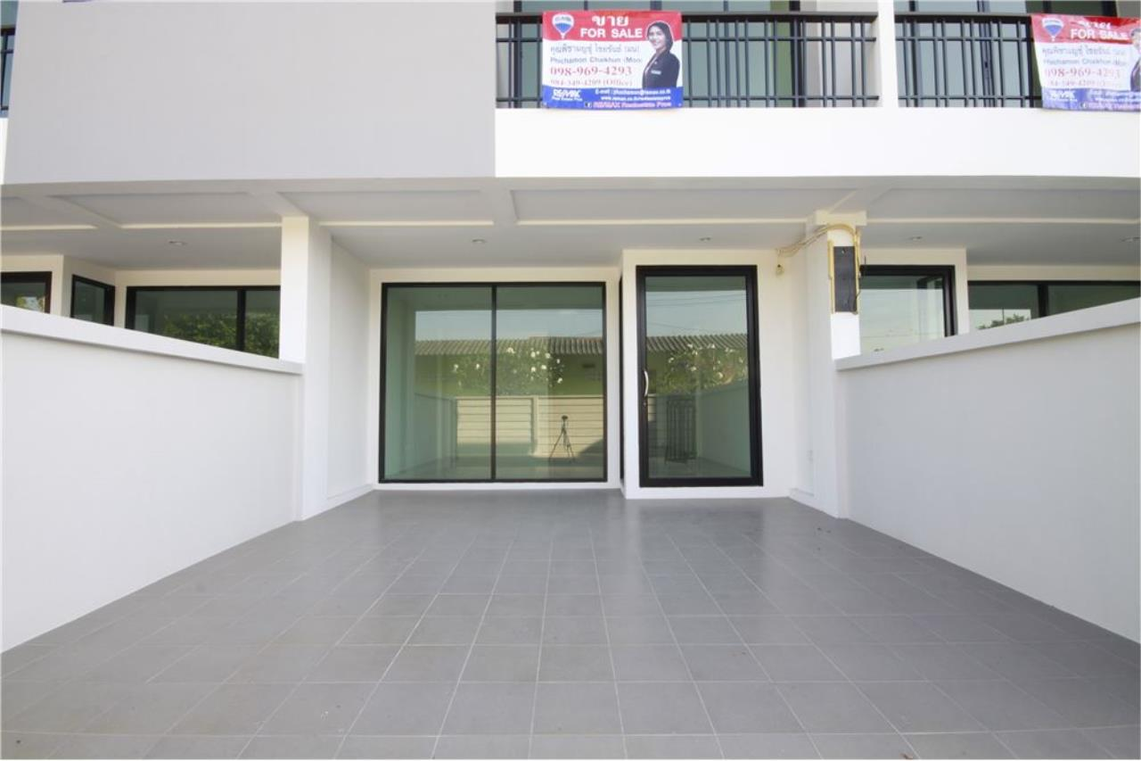 RE/MAX Real Estate Pros Agency's Townhome for sale BE TOWN, Noen Phra, Mueang Rayong Rayong 29