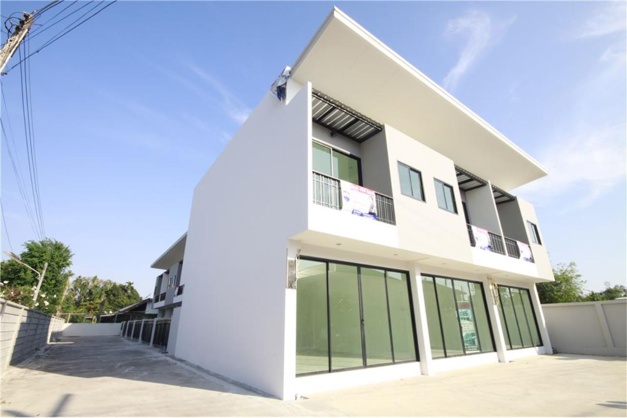 RE/MAX Real Estate Pros Agency's Townhome for sale BE TOWN, Noen Phra, Mueang Rayong Rayong 33