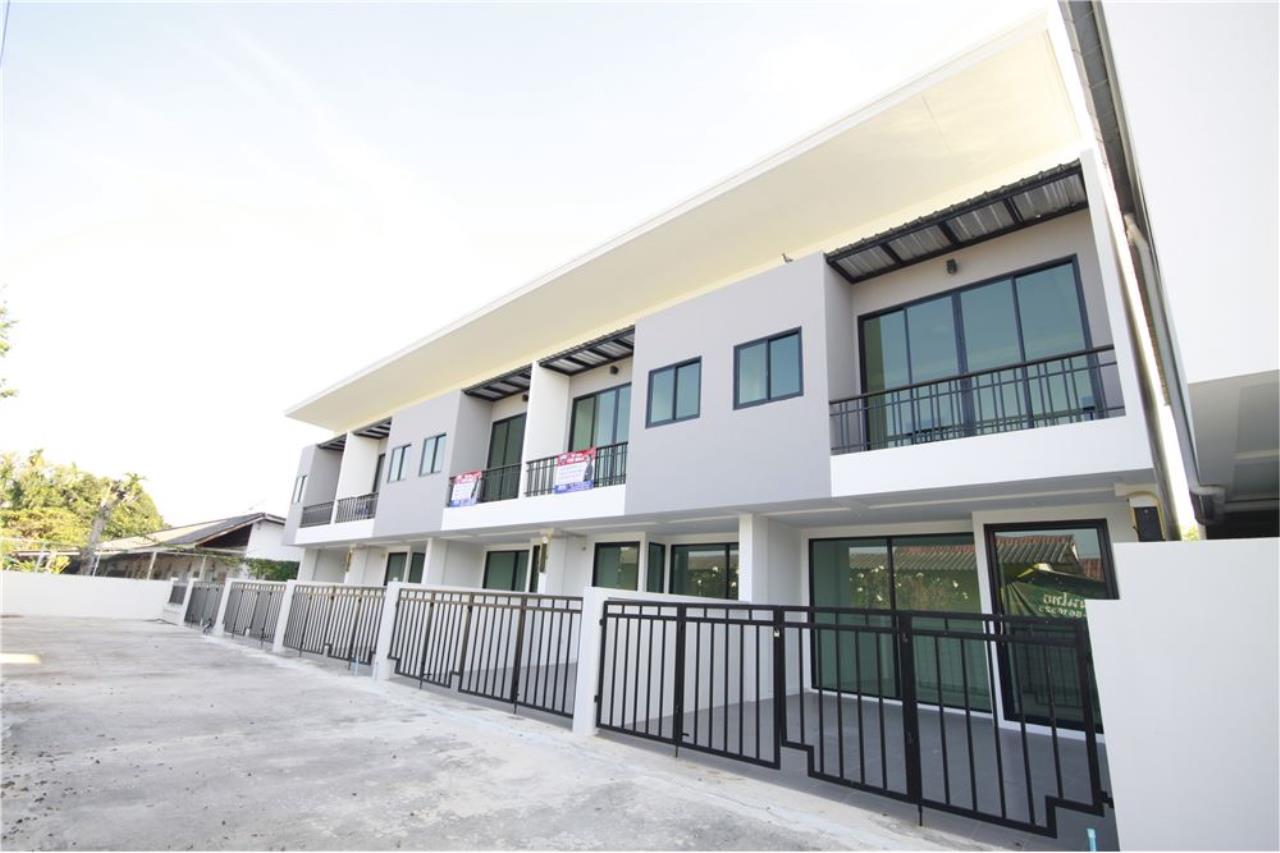 RE/MAX Real Estate Pros Agency's Townhome for sale BE TOWN, Noen Phra, Mueang Rayong Rayong 37